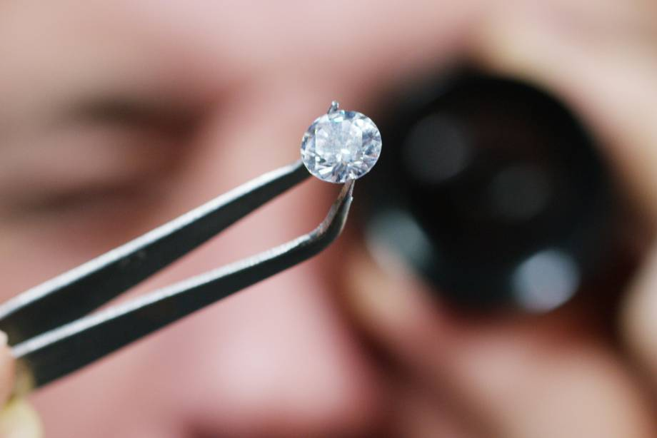 Why a Lab Created Diamond Engagement Ring