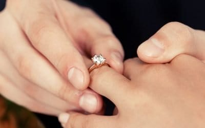The Pros and Cons of Rose Gold Engagement Rings